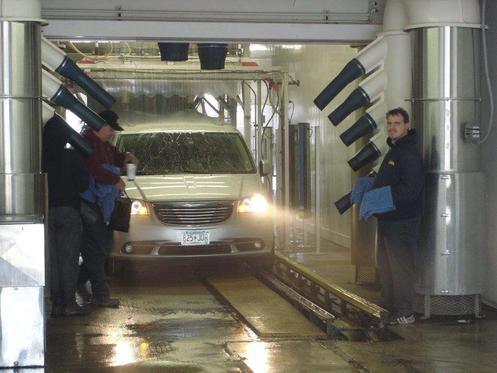 Walts car wash buff n shine willmar mn walts soft cloth car wash and self wash bay solutioingenieria Image collections